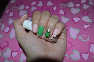 flawless face and st. patricks nails 025